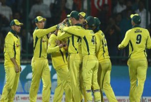 australia beat india in 5th odi and wins the series