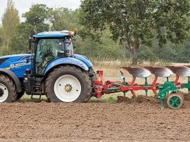 tractors-will-run-on-water-with-spanish-technology