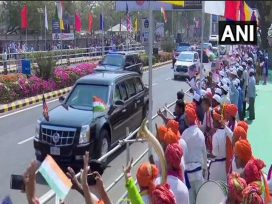 road-show-of-donald-trump-and-pm-modi-in-ahmedabad