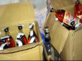 jalandhar-cia-staff-raid-in-home-recovered-alcohol