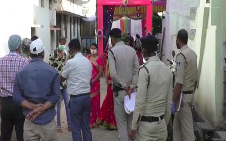 a-newly-wed-couple-quarantine-with-95-people