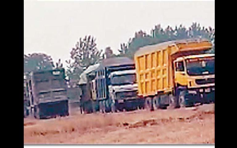 land-mining-does-not-stop-in-jalandhar-during-lockdown