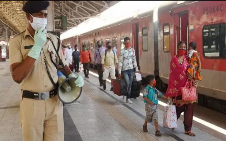 Railway Booking start Bumper Booking 4 lakh ticket sold