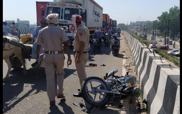 Truck hits Couple Died in a Road Accident in Ludhiana