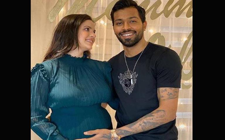 Bollywood News: ਪਿਤਾ ਬਣਨ ਵਾਲੇ ਹਨ ਹਾਰਦਿਕ ਪਾਂਡਿਆ, ਮੰਗੇਤਰ ਨਤਾਸ਼ਾ ਨੇ ਸਾਂਝੀ ਕੀਤੀ ਖੁਸ਼ਖਬਰੀ