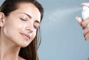 homemade-face-spray-for-glowing-skin