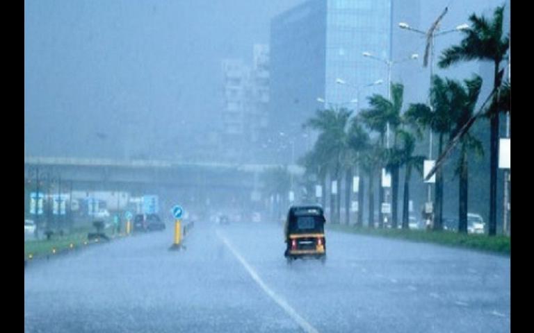 Weather Updates: ਮੁੰਬਈ ਵਿੱਚ ਬਾਰਿਸ਼ ਨੂੰ ਲੈ ਕੇ ਮੌਸਮ ਵਿਭਾਗ ਨੇ ਦਿੱਤੀ ਚਿਤਾਵਨੀ, ਮੋਹਲੇਧਾਰ ਬਾਰਿਸ਼ ਹੋਣ ਦੇ ਆਸਾਰ