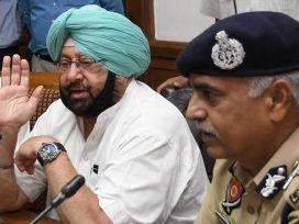 Captain Amrinder Singh with DGP Suresh Arora