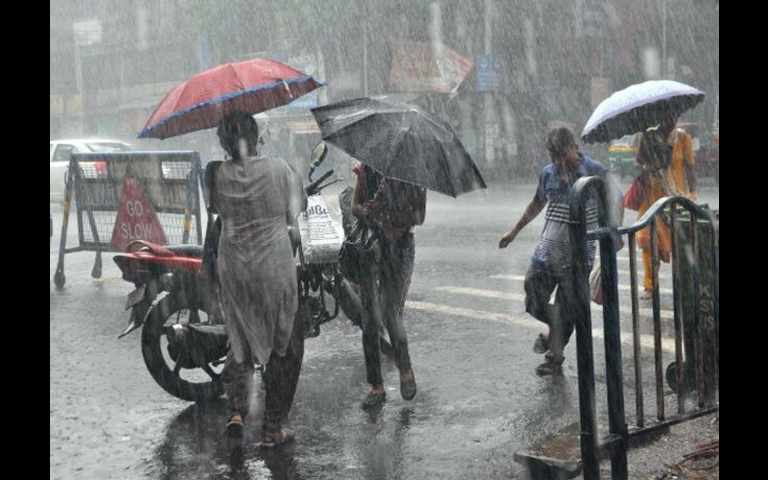 heavy rain in punjab
