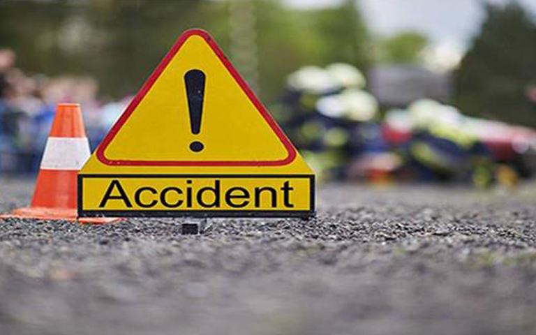bikram-singh-majithia-car-innova-accident