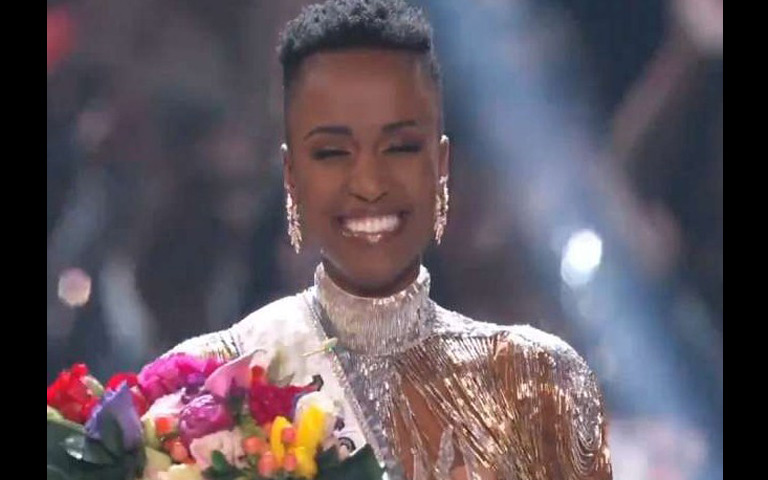 miss-universe-2019-winner